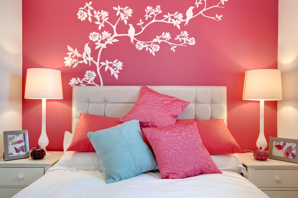 heavenly-pink-bedroom-with-adorable-white-wall-mural-paint-idea-accent-even-licious-white-headboard-design-wall-designs-with-paint-1046x697